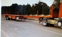 Extendable Trailers For Sale in Abu Dhabi 15/24 Meter with all accessories