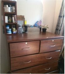 Dressing table used+ kids bunker bed.More household items for sale in Abu Dhabi