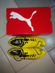 Yellow Puma Shoes used once only size  6.5 (UK) for sale in Dubai