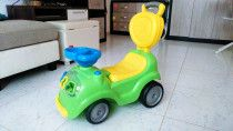 Baby Ride on Scooter Car suitable for toddlers, for sale in Abu Dhabi
