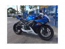 I am selling my 2014 Suzuki gsxr 600, Whatsapp me on +971557552168