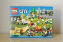 Lego City 60134 Fun in the Park - City People Pack - new still sealed in box!