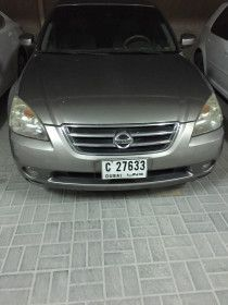 Urgent sale Nissan Altima 10000 before 30 jun