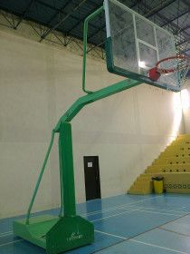 basketball stand for sale like new green colour  for professional player