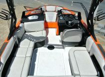 orange Axis wakeboat t22 model 2015 165000aed