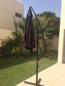 2.7 m  x 2.7 m Round Cantilever Sun umbrella