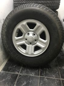 Brand new tyre and rims for jeep 4x4 unused selling because I bought another tyr
