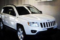 2015 white Jeep Compass for sale in Dubai. Good condition
