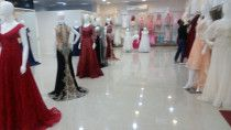 Running  evening party dress shop for sale in Fujairah