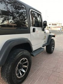Jeep wrangler Gcc 2006 lady driven neat and clean for sale in Dubai