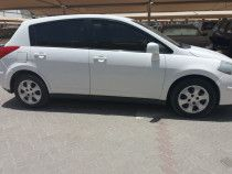 Nissan tida  model 2011 for sale very clean car
