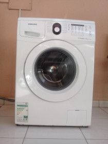 Samsung washing machine for sale contact 052-8406042