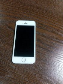 iPhone 5s - 16 GB white, in very good condition