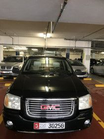 GMC envoy 2007 black standard in ment GCC conditions