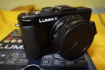 Lumix LX7 for sale. Best for amateur photographers