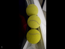 Used tennis ball for sale still in good condation, good for begenners for train.