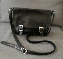 Genuine Italian leather cross body bag for Sale in UAE