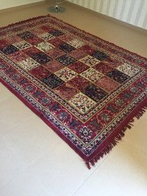Beautiful Large Oriental style Carpet for Sale!