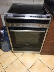 Siemens Electric Stove - In best condition
