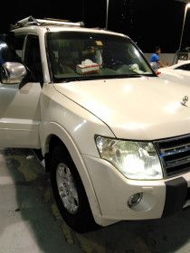 Mitsubishi Pajero for sale in Sharjah in good conditions negotiable