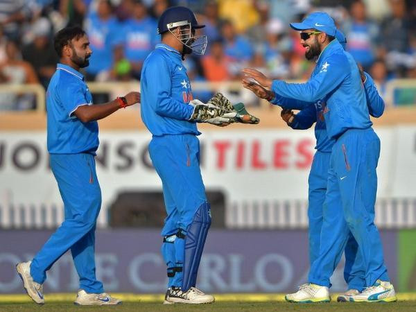 Dhoni faces tricky Kiwis Test in series-decider