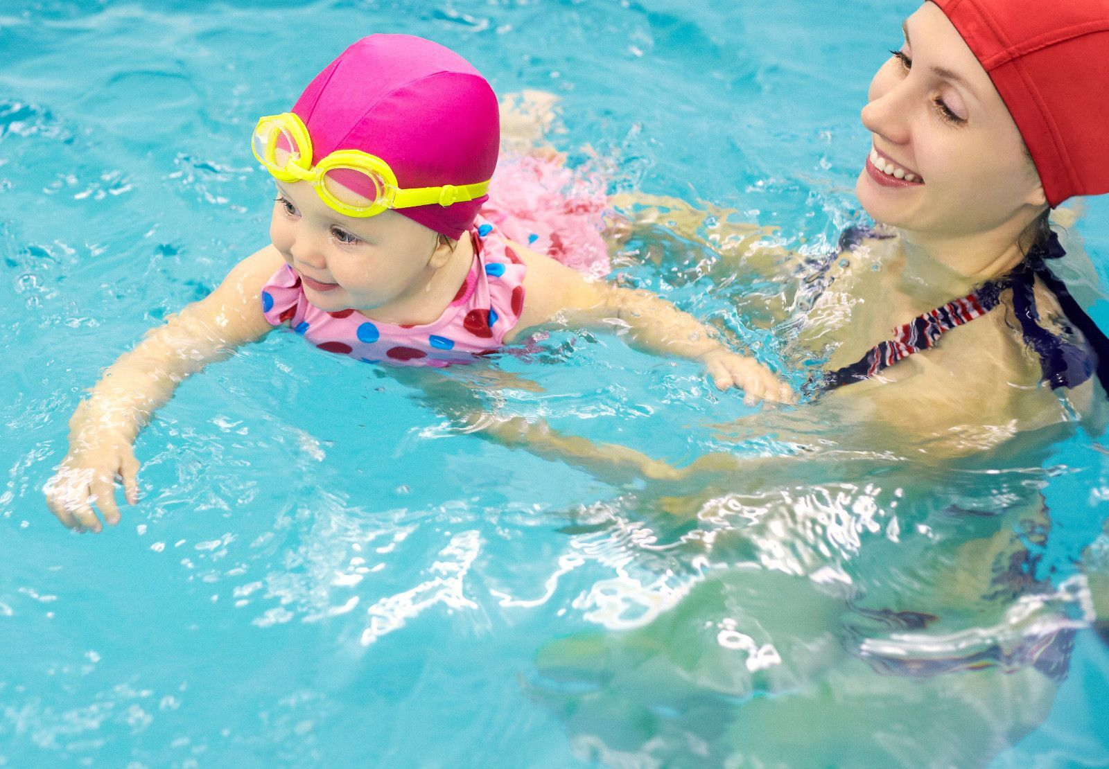 Acceleration Swimming Classes In Abu Dhabi - Babies, Toddlers And Kids